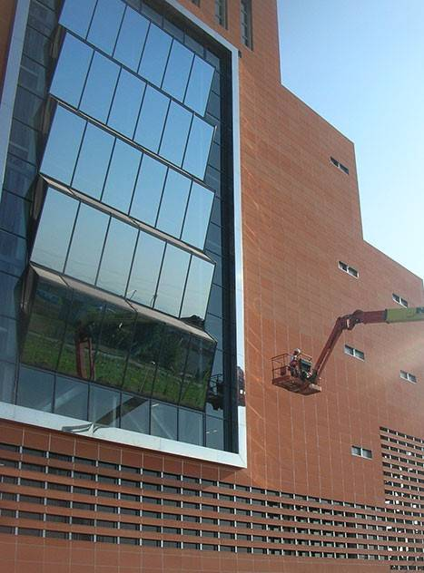PIZ Cladding System in PARMA, Italy.